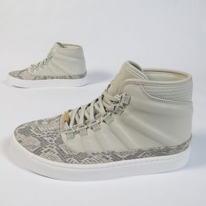 separation shoes 85a26 b8691 Jordan Shoes - 🆕 Nike Jordan Westbrook 0 Croc Sneaker Light Bone